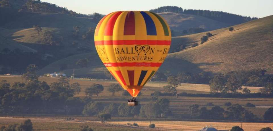 Barossa Balloon Adventures - 1 Hour Sunrise Balloon Flight - N4