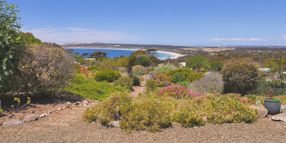 Emu Bay Holiday Homes - 1